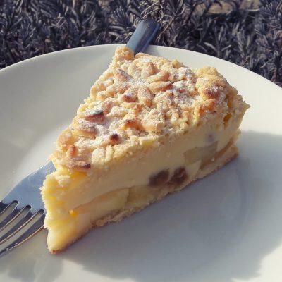 jabolcna pita s pudingom