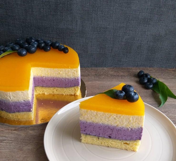 Borovničevo breskova torta slika cela recept