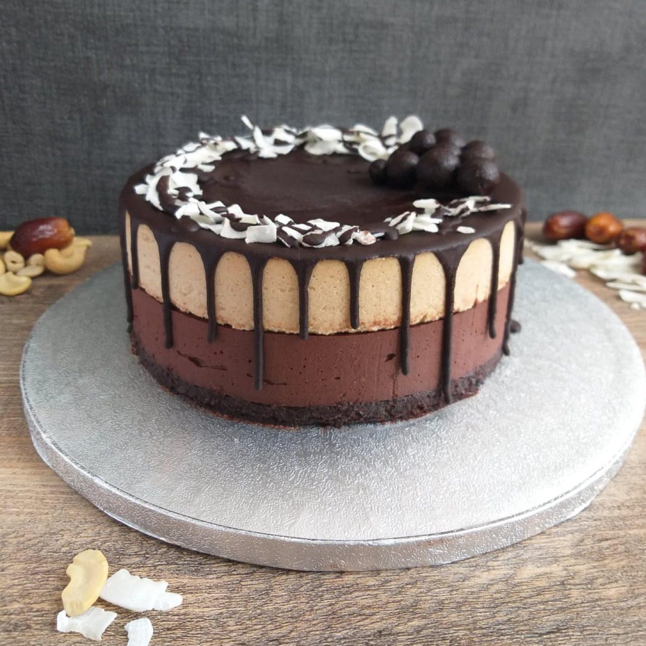 Presna kokosovo čokoladna torta (veganska)