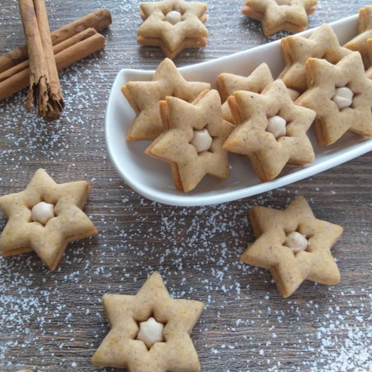 Cimetove zvezdice z belo Linolado