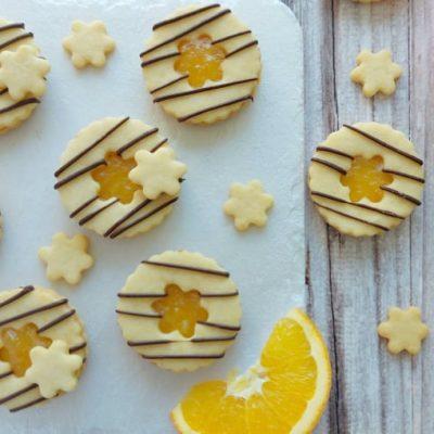 Vaniljevi piškoti s pomarančo in čokolado recept naslovna slika